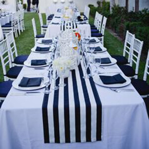 Event Rental Table Runners for an Elegant Wedding
