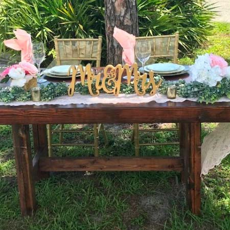 Sweetheart Farm Table